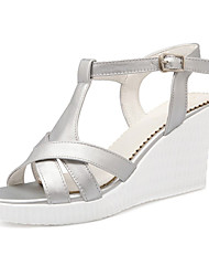 Women's Shoes Leatherette Wedge Heel Wedges Sandals Wedding / Party & Evening / Dress / Casual White / Silver