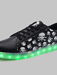 las de las mujeres llevaron los zapatos de carga USB a zapatillas de deporte negras sintéticas atlética / informal