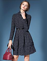 Damen Kleid-Hülle Street Schick Verziert Übers Knie Polyester Rollkragen