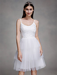 Lanting Bride® A-line Wedding Dress Knee-length Spaghetti Straps Lace / Tulle with Lace