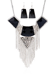 European And American Retro Pattern Diamond Necklace Tassel
