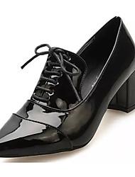 Черный / Красный-Женский-На каждый день-Лакированная кожа-На толстом каблуке-На каблуках-Обувь на каблуках