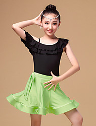 Dança Latina Roupa Crianças Actuação Náilon Chinês / Fibra de Leite Amarrotado 3 Peças Manga Curta Natural Saia / Top / ShortsSuitable