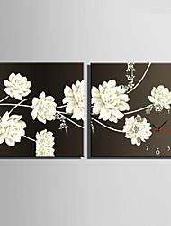 Модерн Цветы и растения Настенные часы,Квадратный Холст40 x 40cm(16inchx16inch)x2pcs/ 50 x 50cm(20inchx20inch)x2pcs/ 60 x
