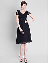 A-line Plus Size / Petite Mother of the Bride Dress - Little Black Dress Tea-length Short Sleeve Chiffon / Tulle with Beading / Ruching