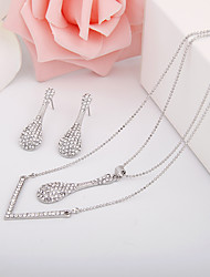 Europe And The United States Contracted Diamond Alloy Jewelry Set