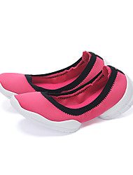 Women's Shoes Tulle Low Heel / Comfort / Novelty Loafers / Slip-on Outdoor / Athletic / CasualBlue / Yellow / Pink /