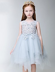 A-line Knee-length Flower Girl Dress - Tulle Sleeveless Jewel with Appliques / Lace