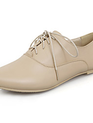 Women's Shoes Flats Spring/Fall/Winter Comfort/Pointed Toe/Flats Office Career/Casual Low Heel Lace-up Black/White