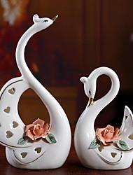 Ceramic Plating European Romantic Couple  Swan for Wedding Room Decoration