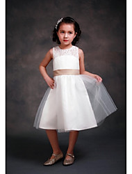 A-line Tea-length Flower Girl Dress - Lace / Satin / Tulle Sleeveless Jewel with Bow(s) / Lace