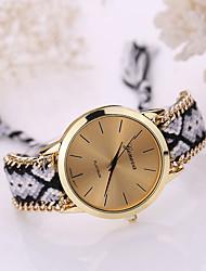 Women's Golden Case Chain Fabric Band Quartz Analog Bracelet Watch (Assorted Colors) Cool Watches Unique Watches Fashion Watch