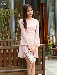 brilho das mulheres que saem dresspolka bainha do vintage dot em torno do pescoço acima do joelho rosa de manga comprida