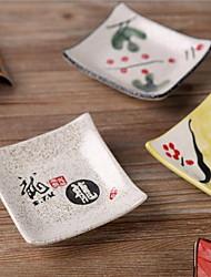 plaque de céramique le sushi est un plat de sauce de soja plat couleur aléatoire