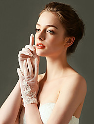 Wrist Length Fingertips Glove Net Bridal Gloves with Sequins / Beading / Appliques / Pearls