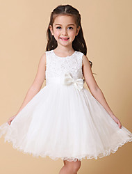A-line Knee-length Flower Girl Dress - Satin / Tulle Sleeveless Jewel with Bow(s) / Pearl Detailing / Sequins