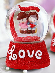 LOVE Creative Resin Gifts Lovers Crystal Music Ball (Random Colors)