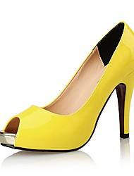 Feminino Sandálias Sapatos clube Sintético Couro Envernizado Verão Outono Casamento Social Festas & Noite Salto AgulhaPreto Amarelo