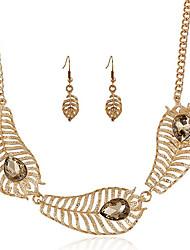 Maio Polly Europa e nos Estados Unidos moda personalidade colar de pedras preciosas deixa ocos