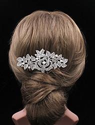 The Rose Rhinestone Comb