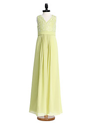 2017 Lanting Bride® Floor-length Chiffon / Lace Junior Bridesmaid Dress Sheath / Column V-neck with Lace / Sash / Ribbon