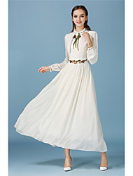 Mu wind to shallow yellow autumn fairy retro Heavy embroidery put on a large elegant long-sleeved dress