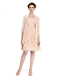 Sheath / Column Mother of the Bride Dress Knee-length 3/4 Length Sleeve Chiffon with Criss Cross / Crystal Brooch