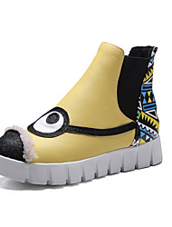 Women's Boots Winter Round Toe / Flats Leatherette Casual Flat Heel Others Yellow / White Walking / Hiking
