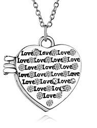 Ожерелье Без камня Ожерелья с подвесками Медальоны Ожерелья Бижутерия Для вечеринок Повседневные В форме сердца Уникальный дизайн Сердце