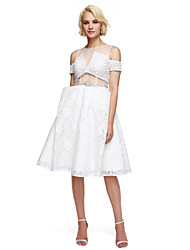 2017 ts couture® coquetel vestir uma linha de jóias na altura do joelho de renda com beading / cristal detalhando / plissado