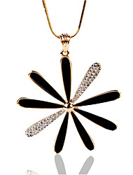 Necklace Rhinestone Jewelry Wedding / Party / Daily / Casual Flower Style Alloy Gold 1pc Gift