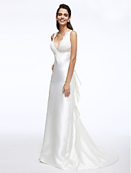 Lanting Bride® A-line Wedding Dress Court Train V-neck Satin with Lace / Ruffle