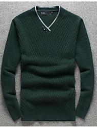 Мужчины На выход / На каждый день Простое Обычный Пуловер Однотонный,Черный / Зеленый V-образный вырез Длинный рукав ПолиэстерОсень /