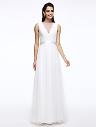 Lanting Bride® A-line Wedding Dress Floor-length Bateau Lace / Tulle with Button / Sash / Ribbon
