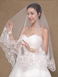 Hochzeitsschleier Zweischichtig Fingerspitzenlange Schleier Spitzen