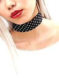 Colliers Tendance Sans pierre Bijoux Halloween / Mariage / Soirée / Quotidien / Décontracté Mode Tissu Femme 1pc Cadeau Noir