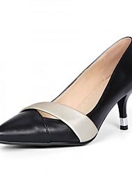 Damen-High Heels-Hochzeit / Büro / Kleid / Lässig / Party & Festivität-Lackleder / Mikrofaser-Kitten Heel-Absatz-Komfort / Neuheit-