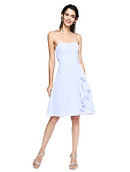 2017 Lanting vestido curto da dama de honra bride® - uma linha de chiffon namorada na altura do joelho com drapeados lado