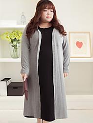 Damen Lang Strickjacke-Lässig/Alltäglich Übergröße Einfach Solide Grau V-Ausschnitt Langarm Polyester Herbst Winter Mittel Unelastisch