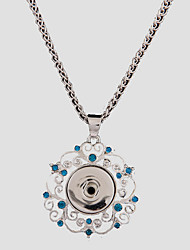 Rhinestone Pendant Necklaces / Wedding / Daily / Casual Hollow Flower Style / Dangling Style / EuramericanAlloy /DIY Ginger Snap Button Jewelry Chain