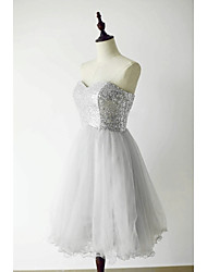 Knee-length Tulle / Sequined Bridesmaid Dress - A-line Sweetheart with Sequins
