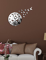 Modern/Contemporary / Casual / Office/Business Family / Birthday Wall Clock,Round / Novelty Metal / Plastic Indoor Clock