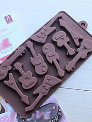 10 hoyos moldes de chocolate torta de la forma de la guitarra de la jalea de hielo, silicona 15 × 14,5 × 1,5 cm (6,0 × 5,8 × 0,6 pulgadas)