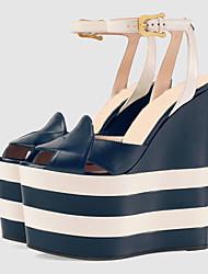 Damen-Sandalen-Lässig Party & Festivität-Lackleder Kunstleder-PlateauSchwarz Blau Mandelfarben