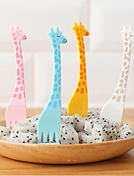 Food Picks 4PC Cute Giraffe Tableware Fruit Fork Portable Cartoon Plastic Fruit Dessert Fork Picnic Party  Forks Dinner Set