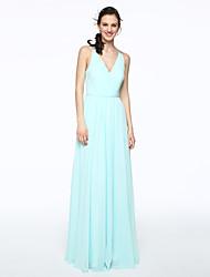 2017 Lanting Bride® Floor-length Chiffon Elegant Bridesmaid Dress - Sheath / Column V-neck with Beading Pleats
