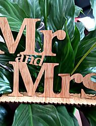 Manufacturers selling wooden Mr & Mrs Wedding decoration items Wood grain furnishing articles in English letters wedding