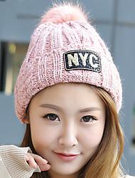 femmes étirent velours boule de duvet d'impression alphabet sequin, plus la laine à tricoter en cachemire tricot chapeau d'hiver en plein