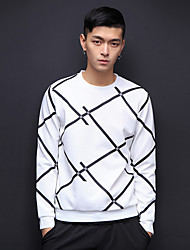 2017 neue Rundhals Pullover mit langen Ärmeln Pullover m Frühjahr Luftschicht Gittermodell Studioaufnahme
