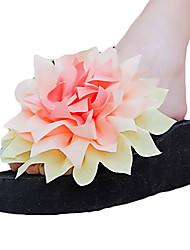 Для женщин Тапочки и Шлепанцы Полиуретан Лето Повседневные Цветы из сатина На плоской подошве Белый Черный Лиловый Пурпурный ЗеленыйНа
